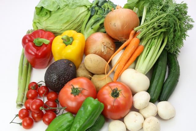 紫外線対策に効果的な食べ物&栄養素まとめ!簡単おすすめレシピも!